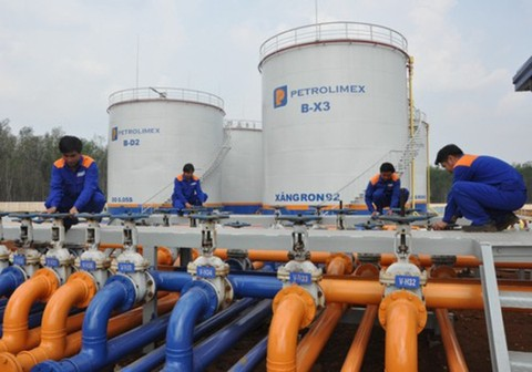 Nhập khẩu xăng dầu từ Malaysia tăng gần gấp đôi