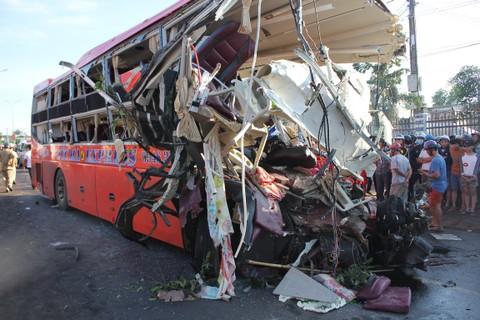 Gia Lai, tai nạn giao thông, tai nạn ô tô, giao thông, tai nạn kinh hoàng